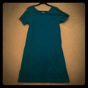 Liz Lange Dresses & Skirts - Maternity Dress