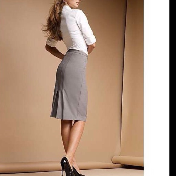 Gray pencil skirt with back pleats bb4e38746bd
