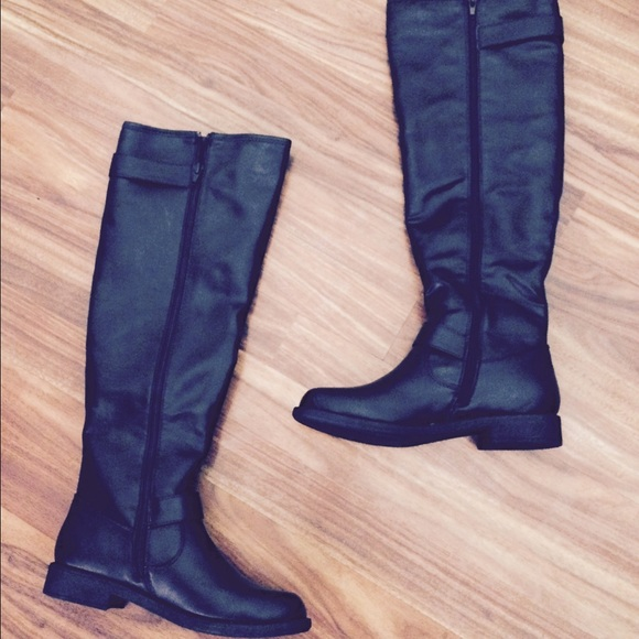 justfab black knee high boots from min s closet on poshmark