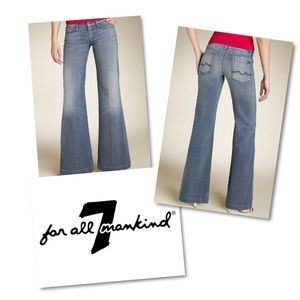 7FAM Low Rise Wide Leg Ginger jeans 27 EUC