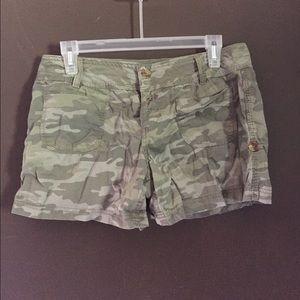 Pants - Size 11 camouflage shorts
