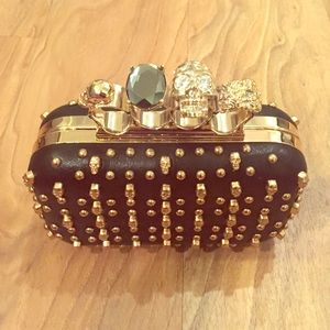Skull Black and Gold Clutch!