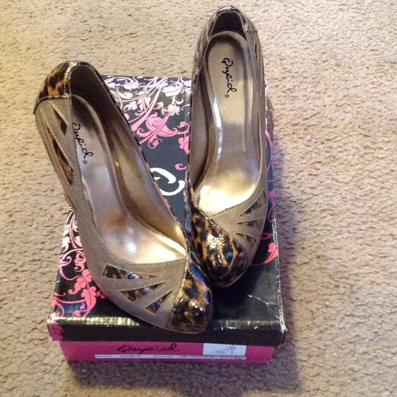 Qupid Shoes - Camel/Leopard Patent Leather Pumps, New!