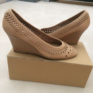 Tan Woven Wedges