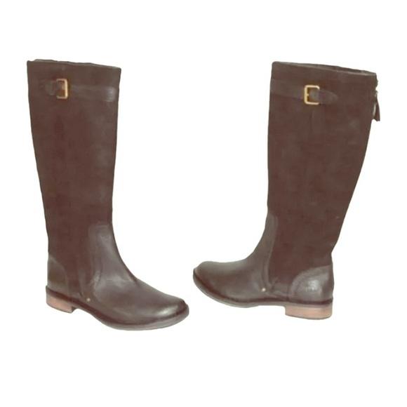 17bf93bfe39a UGG Australia Castille Boots