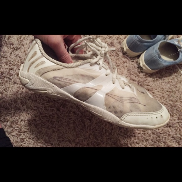 65 off nfinity shoes nfinity cheer shoes vengeance from