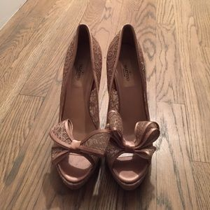Valentino Shoes - Valentino satin bow pumps