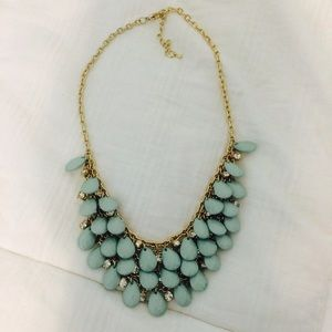 Jewelry - Beautiful Blue Beaded Necklace