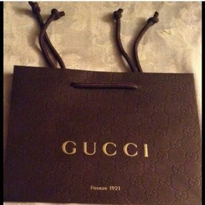 TEN Gucci bags ! Perfect for small accessories