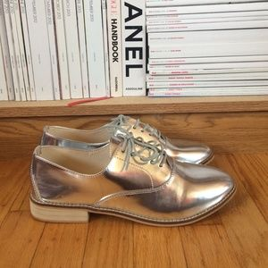 Zara Shoes - NEW Zara silver oxfords
