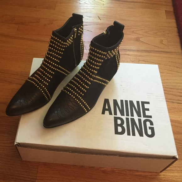 36 Off Anine Bing Boots Sold Anine Bing Charlie Boots