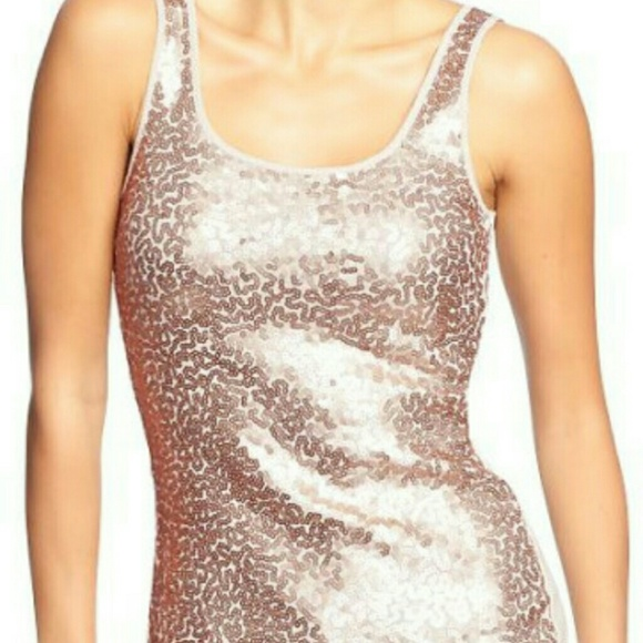 779771bb2ae13 NWT Old Navy Sequin Tank Top
