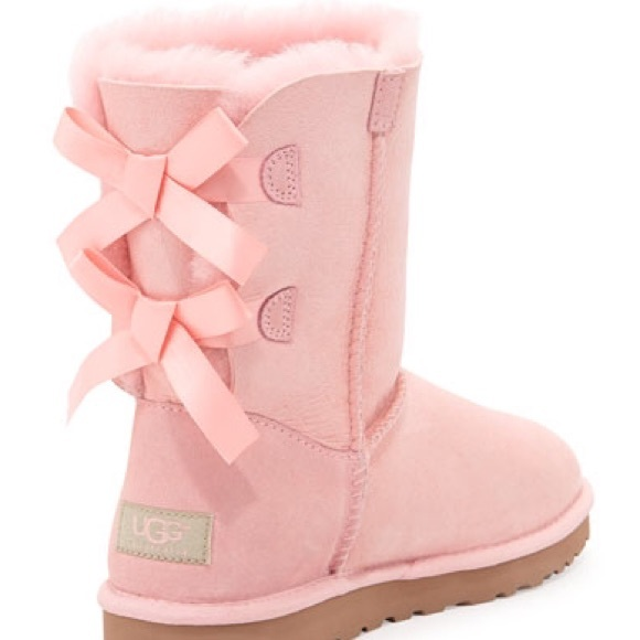 baby blue uggs with bows