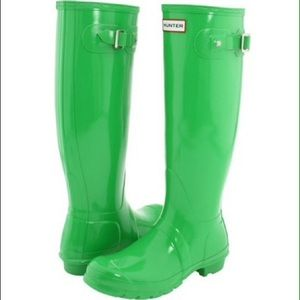 HUNTER// green wellies, rain boots ☔️