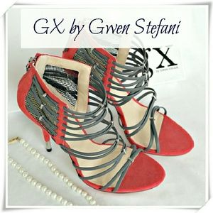 GX by Gwen Stefani Shoes - 👠🌻 GX by Gwen Stefani Hona heels sandals.🍹
