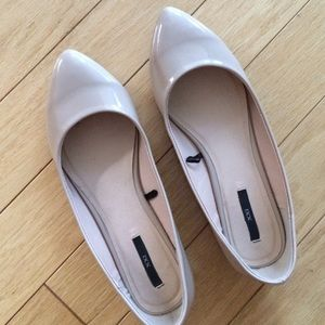Forever 21 Beige Pointed Flats
