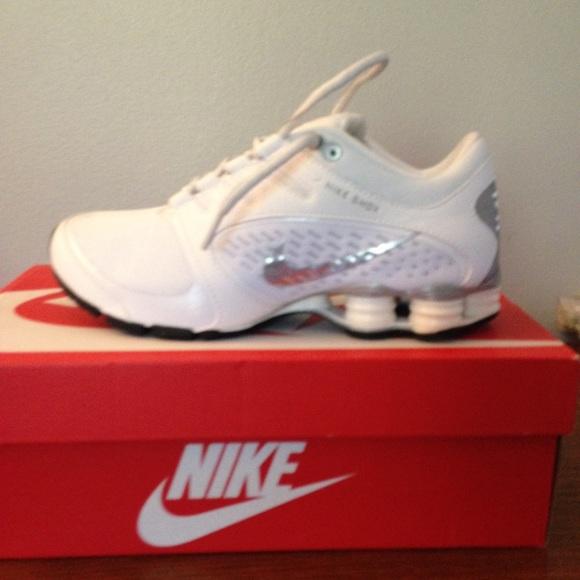 online store 75e3e 5b3f5 Women s Nike Shox Vaeda sneakers