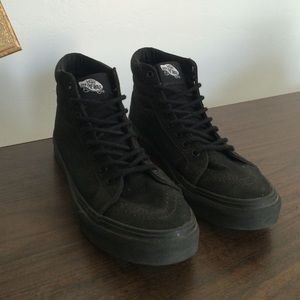 vans high tops all black