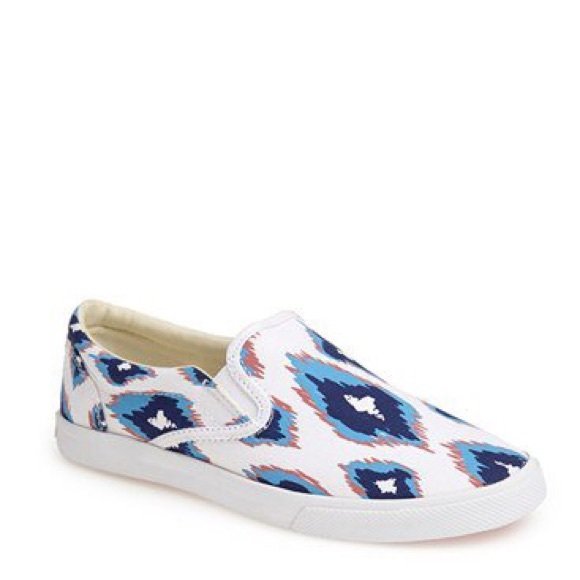 Bucketfeet Shoes On Sale