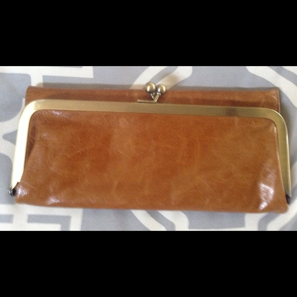 HOBO Clutches & Wallets - Hobo international Rachael wallet caramel NEW TAGS