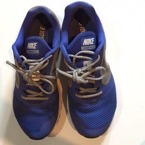Billige Kvinners Sko Størrelse 8 Nike 1tQbUEw3