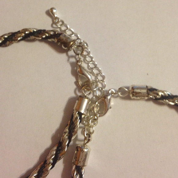 58 jewelry matching necklace and bracelet from