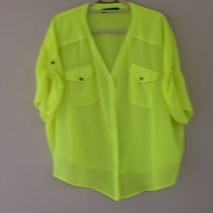 SuperTrash Tops - Blouse in lime goes with pants in my store