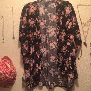 Forever 21 black floral kimono