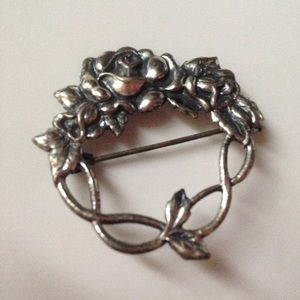 Vintage silver antique rose floral brooch pin