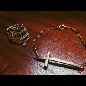 Ring set / knuckle rings / cross bracelet