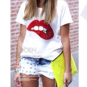 Tops - 👄 NWOT 👄 Red Lips T Shirt