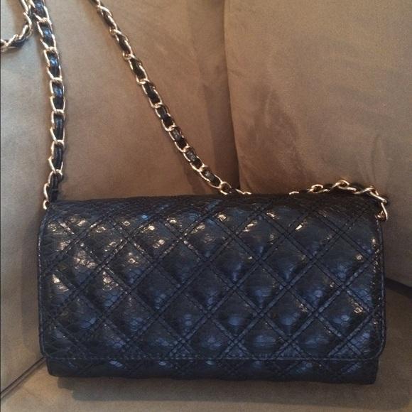 5f6e8f1b3725 Big Buddha Handbags - Big Buddha Black   Gold Chain Strap Cross Body Bag