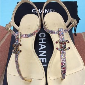 2810649795d9 CHANEL Shoes - CHANEL 15P NWB  895 GOLD GLITTER JEWELED THONG 38C
