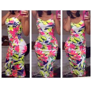 Dresses & Skirts - Neon floral sexy midi dress