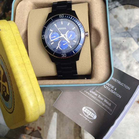 Fossil Accessories - Ladies Fossil watch. Black with navy blue face. e155812667