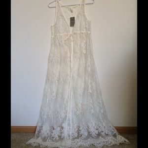 Anthropologie Dresses & Skirts - Anthropologie long lacey dress
