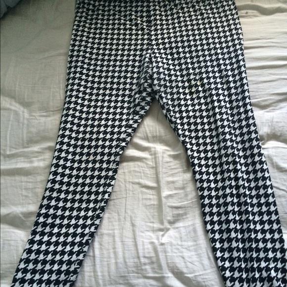 6ddaff6864341f Forever 21 Pants - Forever 21 black and white checkered leggings