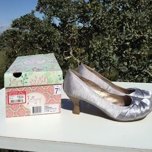Jelly Pop Shoes - Jelly Pop Silver Shantung Heels 7.5 New