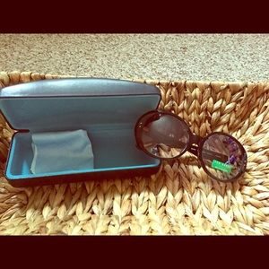 SEXY  TED BAKER SUNGLASSES HARD CASE INCLUDED