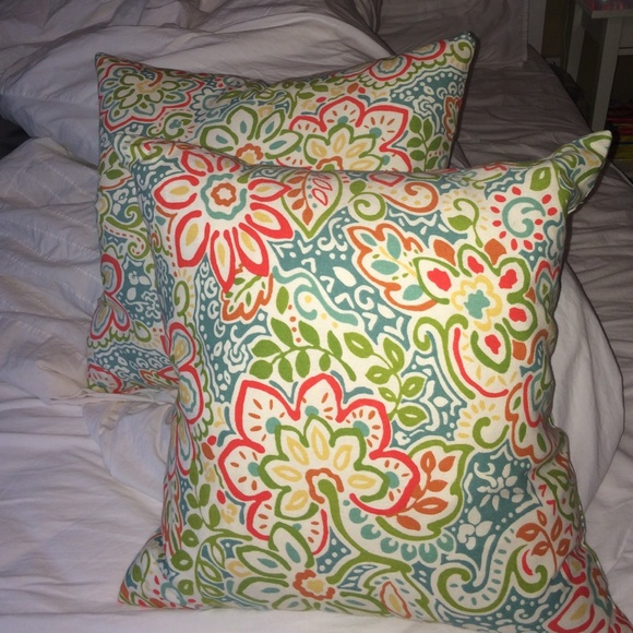 Decorative Pillows At Tj Maxx : 60% off T.J. Maxx Other - Floral Throw Pillows from Annabelle s closet on Poshmark