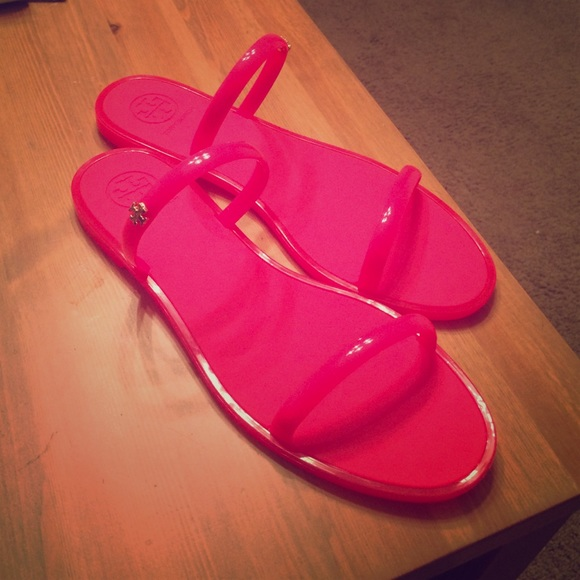 9a9cfed1f238 Tory Burch jelly sandals