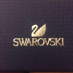 Swarovski Jewelry - Swarovski pink crystal bracelet