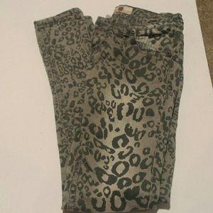 Pants - Cheetah Print Skinny Jeans