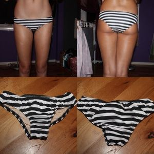Black & white striped coverage bottom!