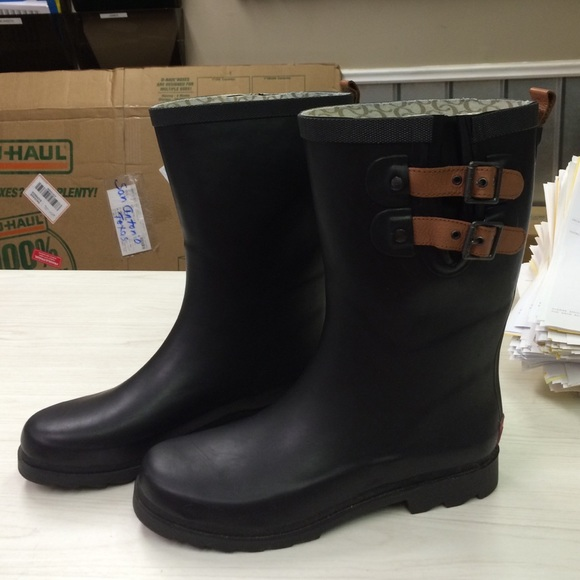 65% off Chooka Boots - Chooka Black Double Strap Rain boots from ...