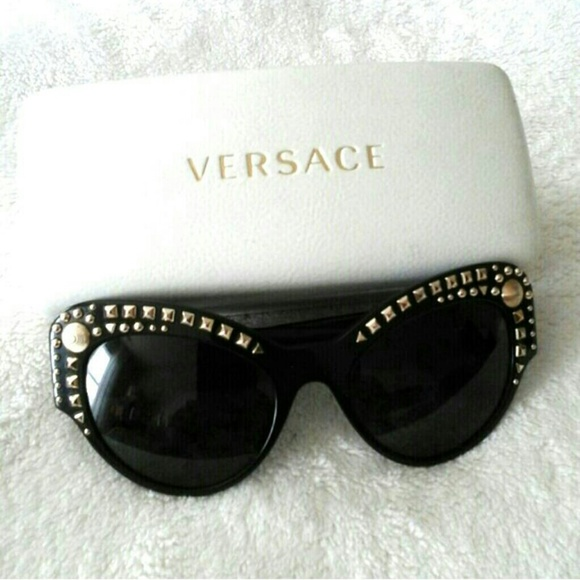 709e04e5c1fd M_55b7d582bcfac741540194ca. Other Accessories you may like. Polarizes Versace  Glasses