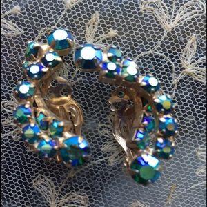 Jewelry - ⬇️Vintage Super Sparkle Earrings