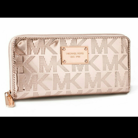 98f955241fbcc MK Rose Gold Continental Mirror Metallic Wallet