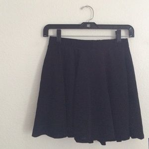 Skater skirt (wet seal)