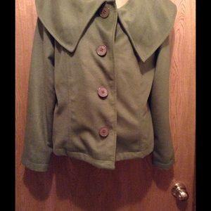Harve Benard Jackets & Blazers - Cute button jacket